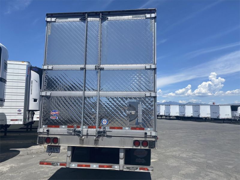 2016 UTILITY REEFER 6085732491